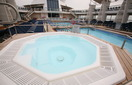 Джакузи (Whirlpool on the pool deck)